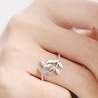 Branches leaves love leaves self-defense ring [0625] - $0.59 : Supply super low prices fashion jewelry and costume jewelry--Favor21.com