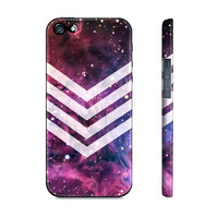 Fox Fur Nebula Chevron - Premium Slim Fit Iphone 5 Case
