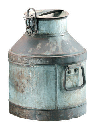 Home Decorating on French Seaside Style   Beach Home Decor      Antique Iron Milk Can On
