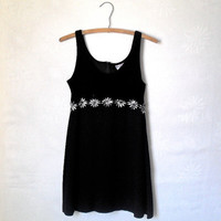 Vintage 90s Dress Grunge // 90s Dress Black with Daisy Trim // 90s dress mini Soft Grunge Goth // By Blondie and Me Size 7 Small