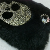 New Chic Bling Sparkle Vintage Skull Black Rabbit Fur iPhone Case