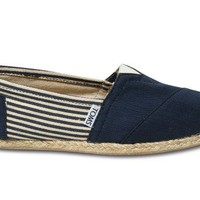 University Navy Rope Sole Women's Classics