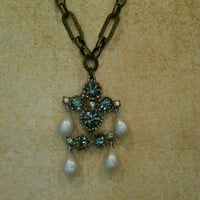 Reclaimed vintage rhinestone  and pearl necklace
