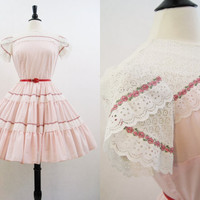 Square Dance Dress Vintage 60s 70s Full Skirt Pink Lace & Cotton Day Dress M