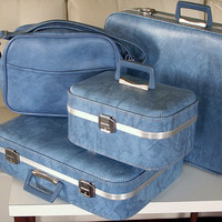 FRESH SUITCASES VINTAGE Luggage Clean Set of Four 4 Nesting 1960s Retro Mid Century Travel Suit Cases Traincase & Carry On Bag in Blue