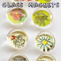 DIY Glass Magnets | Intimate Weddings - Small Wedding Blog - DIY Wedding Ideas for Small and Intimate Weddings - Real Small Weddings