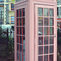 PInk Telephone box | Flickr - Photo Sharing!