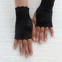 Lace glove, wedding prom bridal black burlesque steampunk noir gypsy lolita cocktail tea party bridesmaid gift, Free Ship