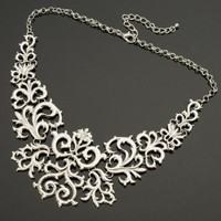 Fashion Retro Silver Chain Flower Vine Hollow Adjustable Bib Pendant Necklace