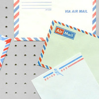 Present&Correct - Airmail Packet