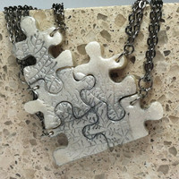 Interlocking Puzzle Piece Necklace Set of 5 Bridesmaid or Best Friend Pendants Polymer Clay Leaf Pattern Set 111