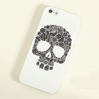 LovMe — Skull Frosted Painting Phone Case For iPhone 4/4S iPhone 5