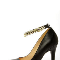Shoe Republic LA Blanco Black Ankle Chain Pointed Pumps
