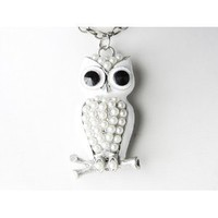 Cute Snow White Enamel Painted Pearl Body Beaded Owl Pendant Costume Necklace