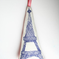 $9.44 Eiffel Tower by mikodesign on Etsy
