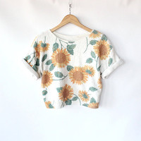 Vintage 80s Sunflower Print Knit Cropped Top // by vauxvintage