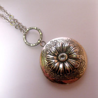 Silver Daisy Flower Portal Locket Necklace