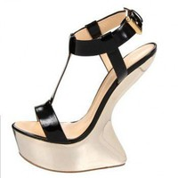 Giuseppe Zanotti t-strap sculpted sandals