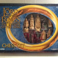 Amazon.com: Lord of the Rings: Return of the King Chess Set: Toys & Games