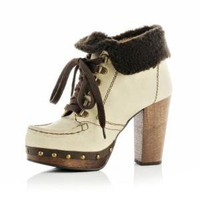 white faux fur lined ankle boots - River Island