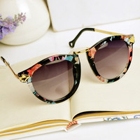 Flora Print Cat Eye Sunglasses SW012