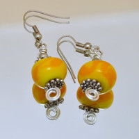 Dangle earrings yellow lampwork glass by GeckoGlassDesign on Etsy