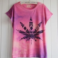 Fashion Gradient Colour Maple Leaf T-shirt