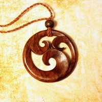 Wooden Pendant - Ninfa Carved Necklace