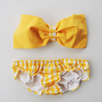 Vintage Bow Bandeau Sunsuit Bikini style. DiVa Halter Neck. Lemon Vintage Floral Series. Halter Neck top. Sexy and cute.