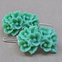 Green Flower Barrettes, Mint Posie Hair Pin, Resin Hair Barrette, Flower Bouquet Pin, Hair Accessory