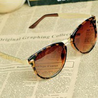 [dt9840]Cat Eye OverSized Round Sunglasses HNG92