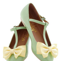 Steal the Bow Flat | Mod Retro Vintage Flats | ModCloth.com