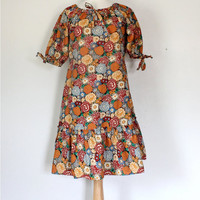 Vintage 70s Dress /  Peasant Dress / Floral Print / Boho Hippie Mini Dress / Spring Summer Fall / 70s Fashion