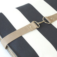 15 inch  MacBook or Laptop sleeve with attachable strap by BagyBag