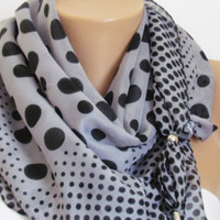 GRAY SPRING SCARF with beads. Headband. Necklace. For 4 seasons. On Sale. Summer polka dotted scarf.