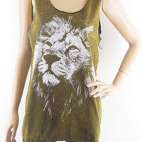 Lion King Face size M Lion Shirt Lion Tank Top by sinclothing