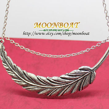 Men's Women's Necklace Antique Silvery leaf Pendant Necklace