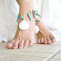 Barefoot sandals with real seashell and mother of pearl, Beach wedding sandals, Boho hippie barefoot sandles, Foot jewelry, Beach sandals