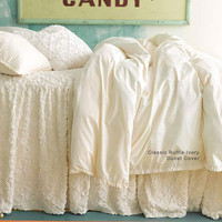 Candlewick Dove White Bedding Set