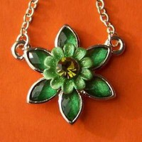 Green Flower Chain Necklace with Rhinestones by SaritasJewelryBox