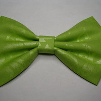 Apple Green fabric hair bow, Fabric Bow, Hair Bow for Girls, Bows