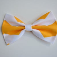 Hair Bow - White and Yellow Chevron Hair Bow,  bows for hair, girls Hair bows, fabric bows, Hair Bow for teens and women