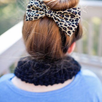 Cheetah-HAIR BOW, cotton fabric Bow for teens and women, hair bow in hair, hair bows bow hair clip big bow hair clip