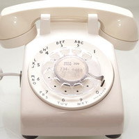 Vintage Eggshell White Rotary Desk Telephone from ATT by daindain