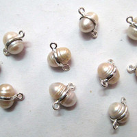 Silver Bezel White Pearl Connectors 2 pieces  free by finegemstone