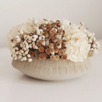 soft textures modern dried flower arrangement by floresdelsol