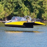 The Flying Hovercraft - Hammacher Schlemmer