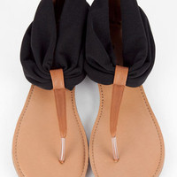 Agency Flat Thong Sandal in Black :: tobi