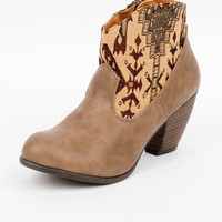 Western Priority Booties in Taupe :: tobi