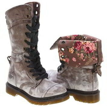 Dr. Martens Women's Dr Martens Triumph 1914 Lace-Up Boot | Infinity Shoes